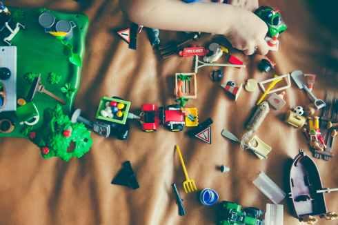 hand playing childhood game